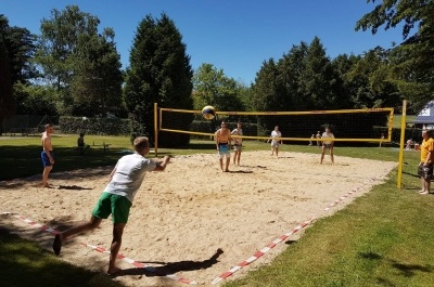 Volleyballturnier in Aktion